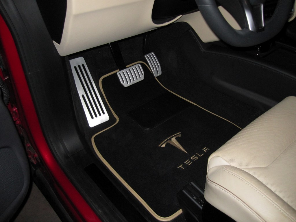 model-x-dead-pedal-installed-3